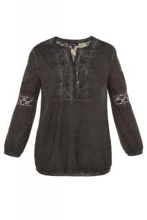 Блуза на една кука и с украса от дантела